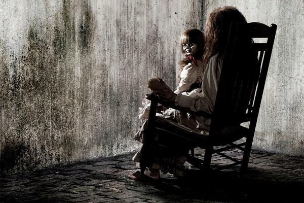 Image Source http://cinestar.hu/demonok-kozott-kritika/