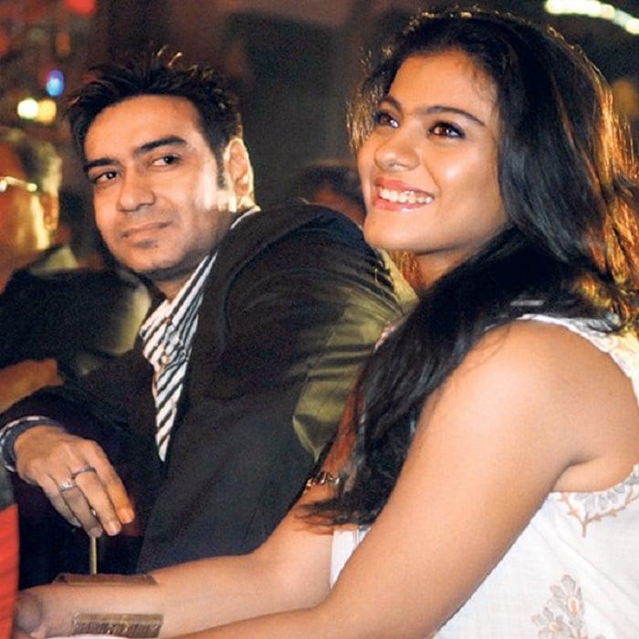 Image Source  http://moviesism.com/News-detail/amitabh-bachchan-ajay-devgn-kajol-aamir-khan-ranveer-singh-ranbir-kapoor-and-vidya-balan-cast-their-vote-in-mumbai