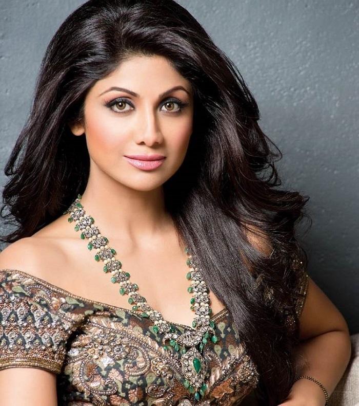 Image Source http://ww.itimes.com/poll/shilpa-shetty-pic/result