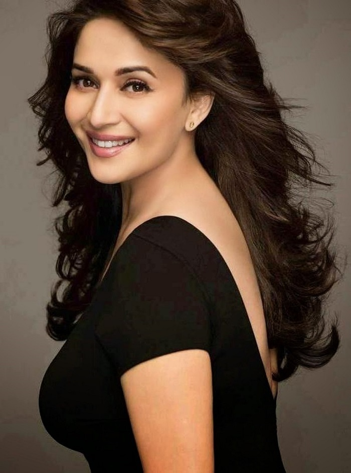 Image Source http://wallpapers111.com/madhuri-dixit-wallpapers-hd/