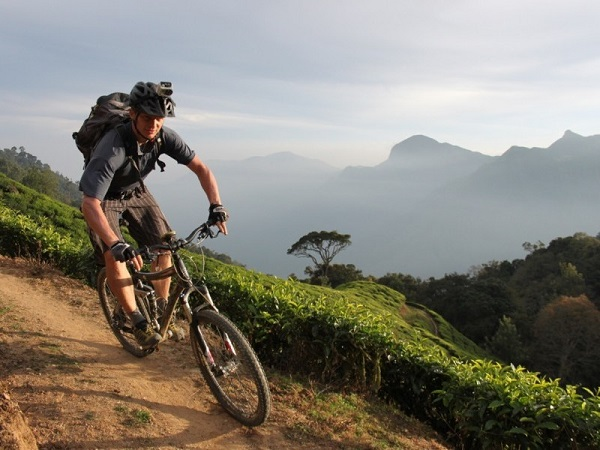 Photo Credit http://www.kvtholidays.com/tours/tropical-kerala-biking-tour