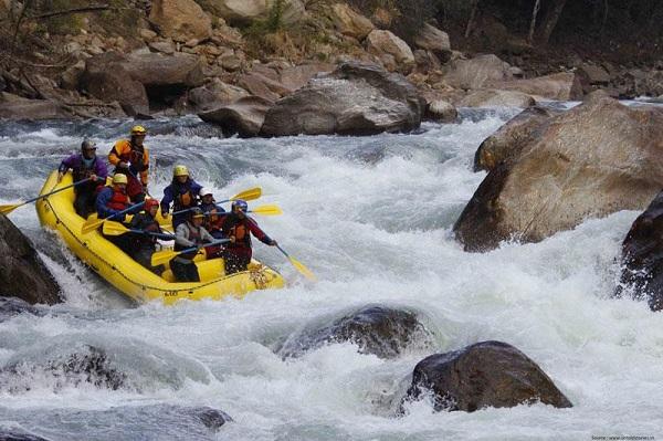 Photo Credit http://www.adventureclicknblog.com/articlepage.php?title=River-Rafting-in-Subansiri-River,-Arunachal-Pradesh157