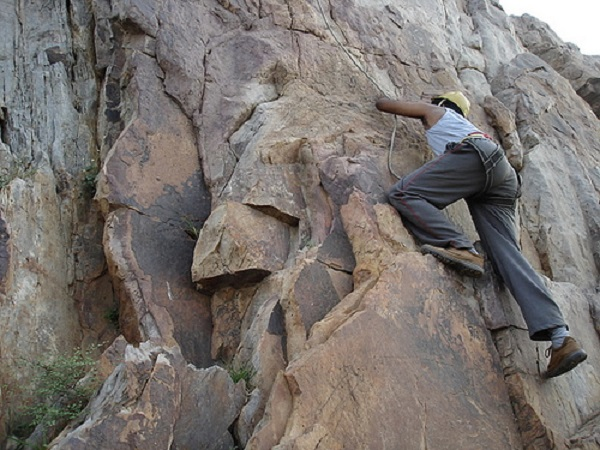 Photo Credit http://www.walkthroughindia.com/attraction/top-10-most-adventures-activities-to-do-in-madhya-pradesh/