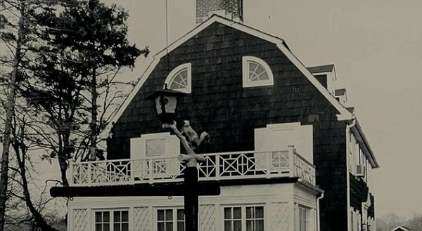 Photo Credit http://www.dailymail.co.uk/news/article-2290279/Haunted-Amityville-Eldest-son-Lutz-family-reveals-living-possessed-Long-Island-home-ruined-life.html