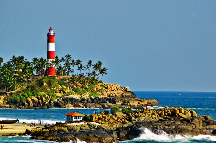 Photo Credit http://www.kerala.com/kerala_destinations/destination_kovalam.php