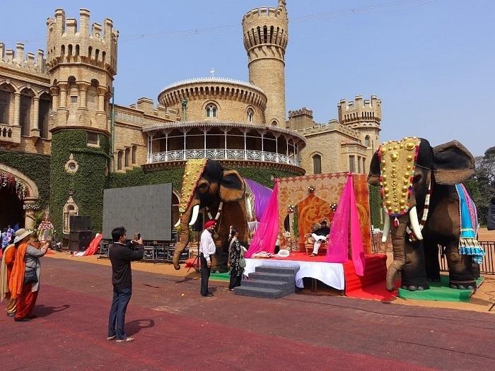 Photo Credit http://malcolmsindiatrip.blogspot.in/2015/02/bangalore-palace.html