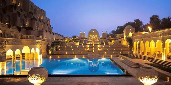 Photo Credit http://www.internetofbestthings.com/best-hotels-in-india/