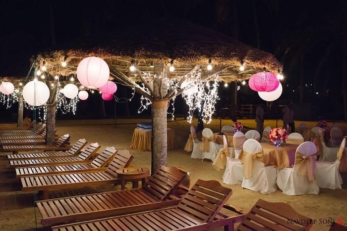 Photo Credit http://www.navdeepsoni.com/destination-wedding-at-leela-kovalam-kerala/