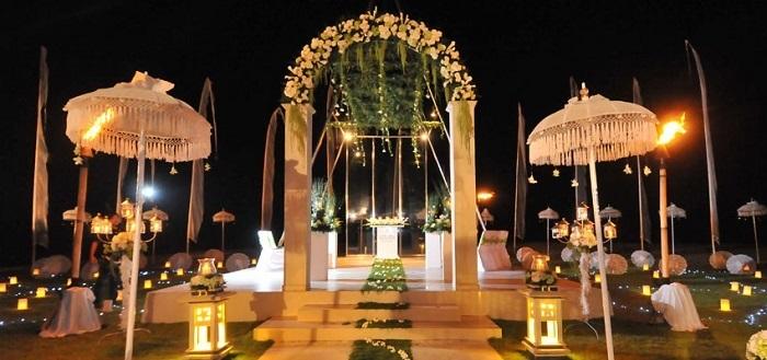 http://www.mysticalmomentsindia.com/destination-weddings/beach-weddings/bali/weddings-in-grand