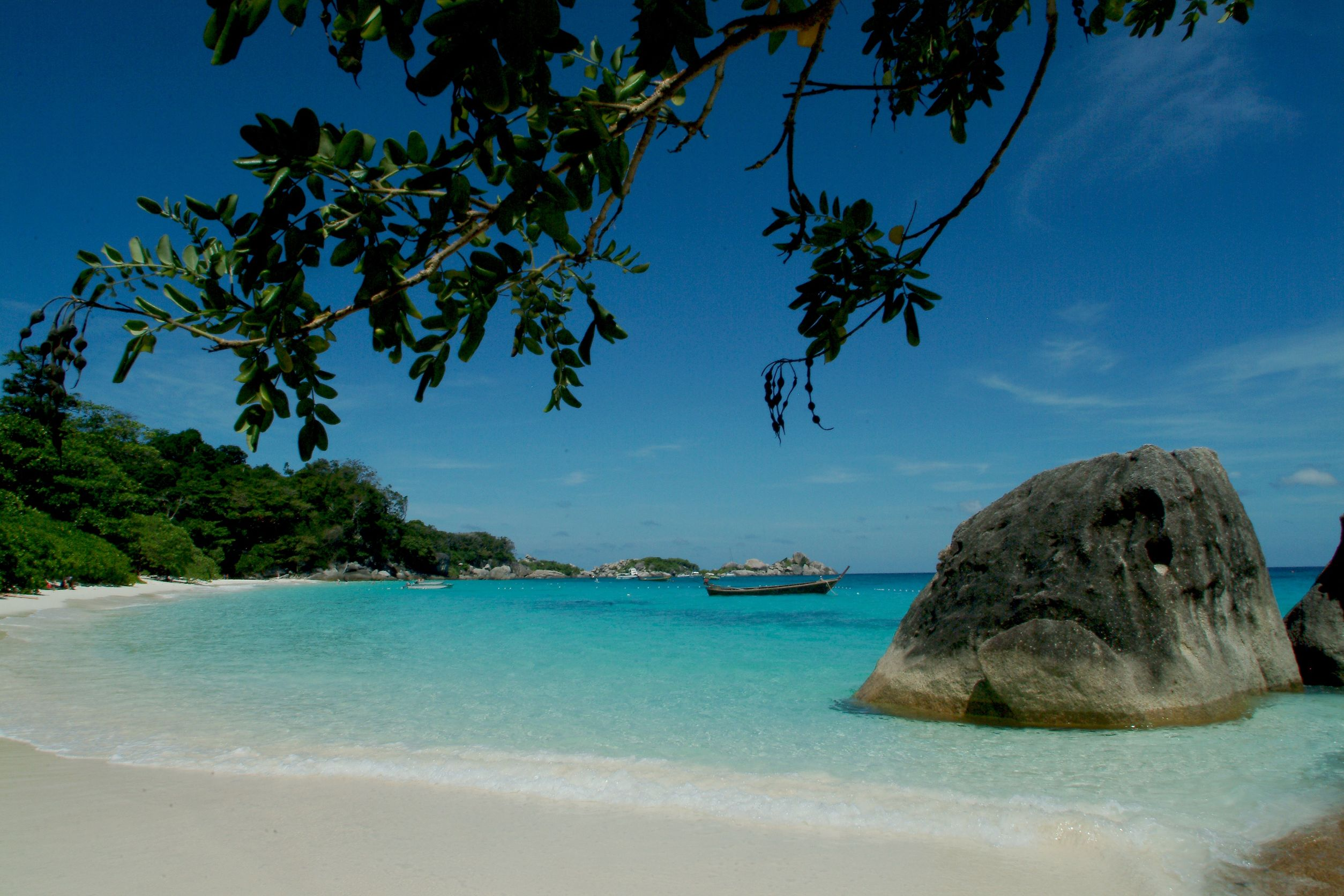 Photo Credit http://www.twizzle.org/blog/2012/12/03/sy-twizzle-in-thailand-and-the-andaman-sea/
