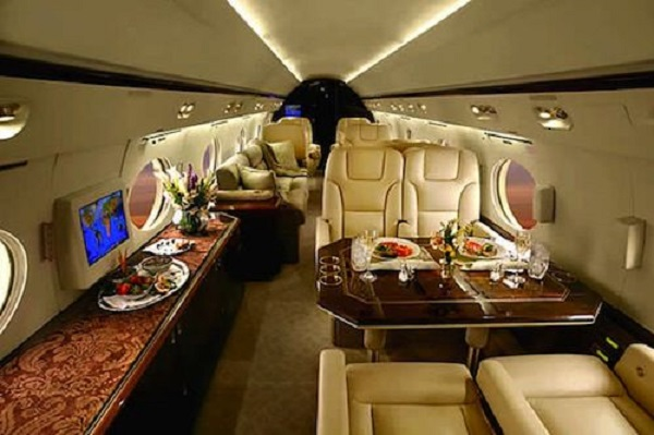 Photo Credit http://www.refinedguy.com/2012/08/01/15-insanely-expensive-private-jets-and-the-billionaires-who-own-them/#5