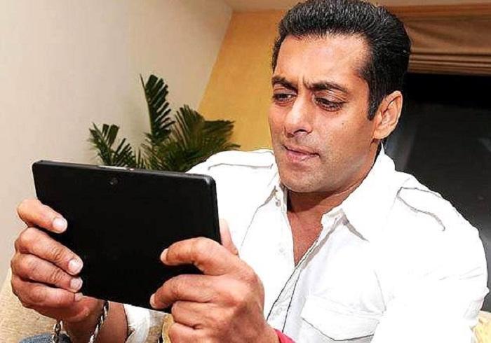 Photo Credit http://www.indiatvnews.com/entertainment/bollywood/salman-khan-bajrangi-bhaijana-latest-news-22053.html