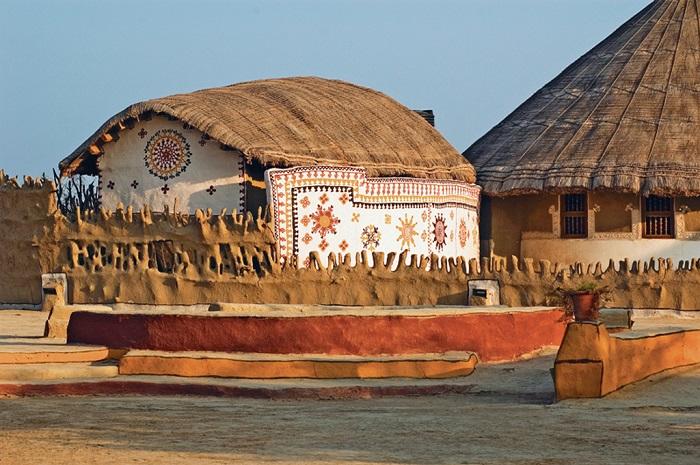 Photo Credit http://www.natgeotraveller.in/magazine/month/september-2014/go-green--22-eco-sensitive-resorts-in-india-353/