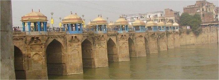 Photo Credit http://www.hoparoundindia.com/uttar-pradesh/city-guides/ballia.aspx