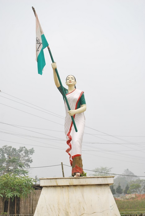 Photo Credit http://lifeisyetfair.tumblr.com/post/94827953255/today-is-indian-independence-day-and-this-is-a