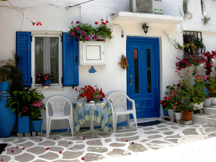 Photo Credit  http://thecoolimages.net/greece+houses