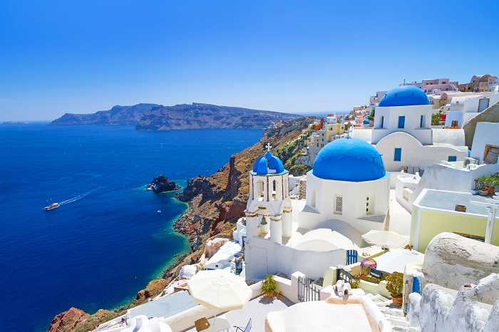Photo Credit  http://travellersling.com/greek-islands-santorini/
