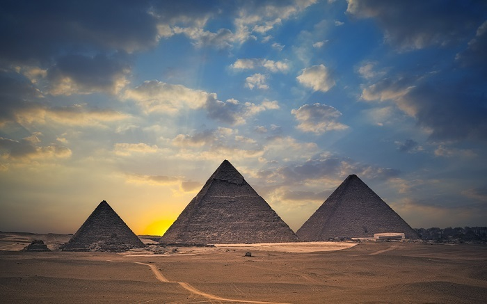 Photo Credit  http://74211.com/beautiful-sceneries-of-the-world-egypt-pyramids-are-huge-and-majestic-the-rising-sun-and-golden-light-make-them-sacred/