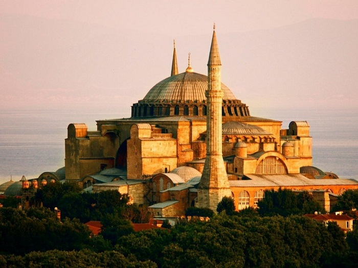 Photo Credit  http://listtoptens.com/list-of-10-most-beautiful-places-to-visit-in-turkey/