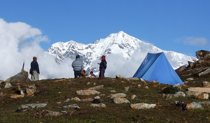 Photo Credit  http://www.nepalmountainnews.com/cms/2014/08/18/beautiful-nepal-photo-trekking-news/