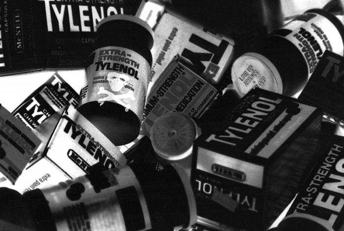 Photo Credit http://time.com/3423136/tylenol-deaths-1982/