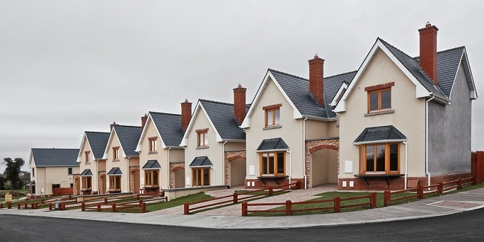 Photo Credit http://www.huffingtonpost.com/2014/06/11/irelands-suburban-ghost-towns_n_5481028.html?ir=India&adsSiteOverride=in