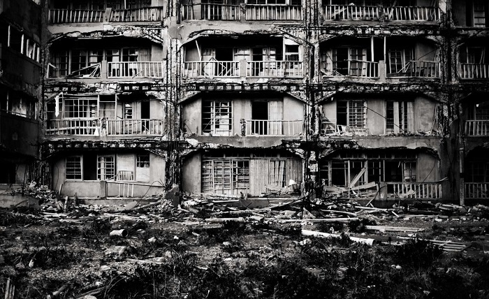 Photo Credit http://www.lovethesepics.com/2013/01/abandoned-hashima-city-island-inspiration-for-james-bond-movie-skyfall/