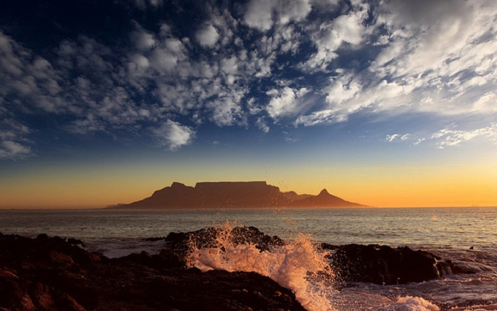 Photo credits http://www.africanadventuretravel.org/7-outdoor-adventure-activities-in-cape-town/#sthash.fBkkxjU8.dpbs