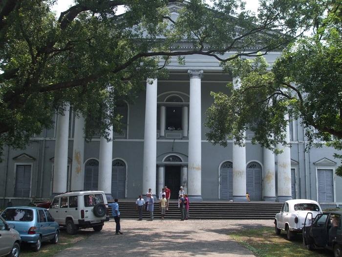 Photo Credit http://wikimapia.org/195097/Serampore-College-campus