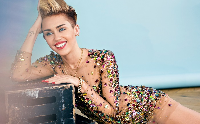 Photo Credit http://www.hdwallpapers.in/miley_cyrus-desktop-wallpapers.html