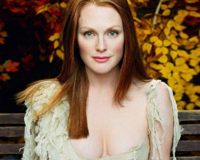 Photo Credit http://www.weeklyviral.com/2015-2016-2017-2018/entertainment/most-popular-latest-new-hot-top-10/music-movies/hollywood/julianne-moore-movies-list-upcoming/