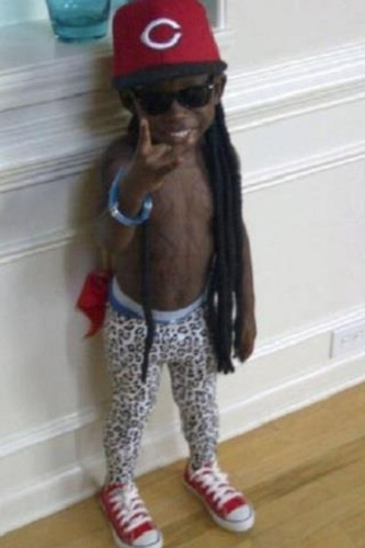 Photo Credit http://www.opposingviews.com/i/gallery/entertainment/25-extremely-inappropriate-halloween-costumes-kids