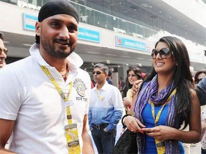 Photo Credit http://www.abplive.in/sports/2015/03/04/article517816.ece/Harbhajan-Singh-to-get-married-this-month