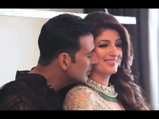 Photo Credit: http://daily.bhaskar.com/news/ENT-mrs-4911510-PHO.html?seq=8