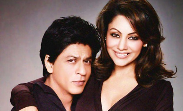 Photo Credit: http://www.deccanchronicle.com/131025/entertainment-bollywood/gallery/wedding-anniversary-special-shah-rukh-khan-and-gauri-22-years