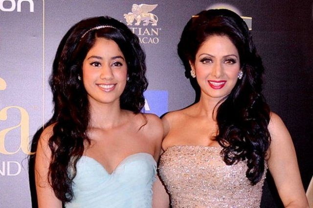 Photo Credit: http://daily.bhaskar.com/news/ENT-sridevis-daughter-jhanvi-kapoor-is-the-next-hot-thing-to-look-out-for-4965023-PHO.html?seq=2