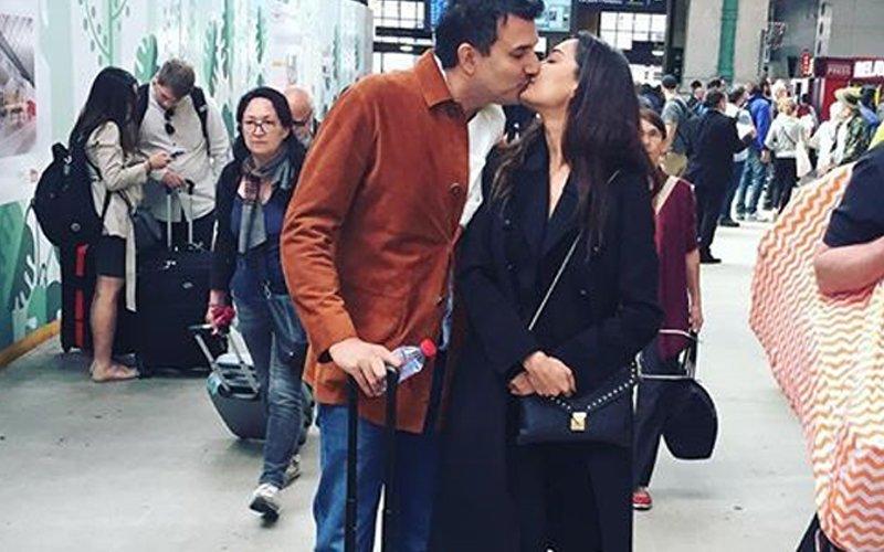 Lisa Haydon & Dino Lalvani Kiss