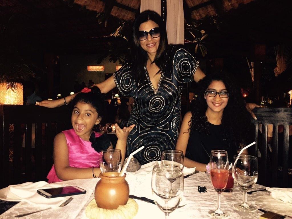 sushmita-daughters